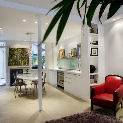 Une boutique de presse et des bureaux transformés en un appartement duplex / Paris IX - Architecte dplg paris